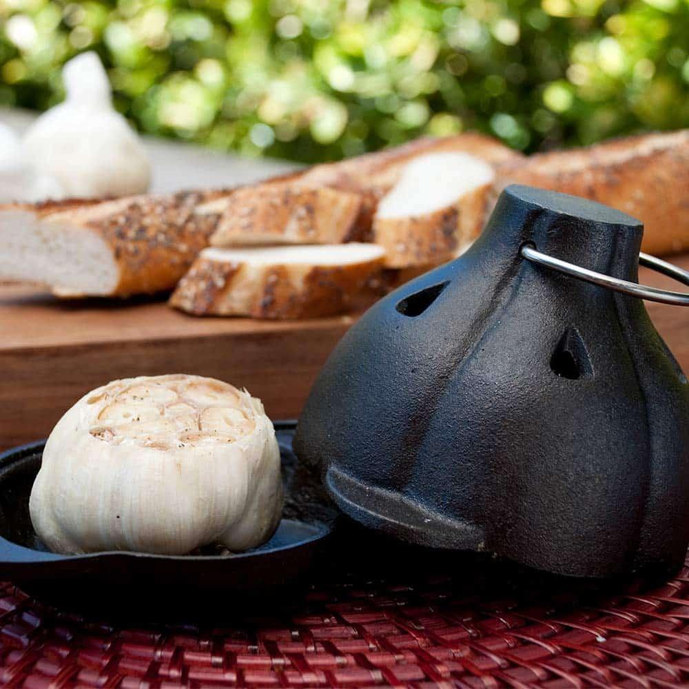 cast iron garlic roaster gadget gift | kimschob.com