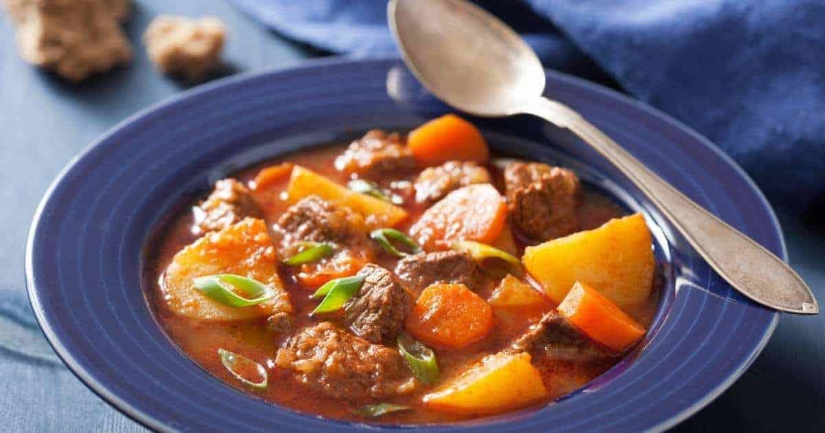 Hearty Classic Beef Stew   kimschob.com